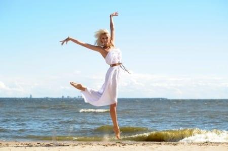Strandkleid in weiß